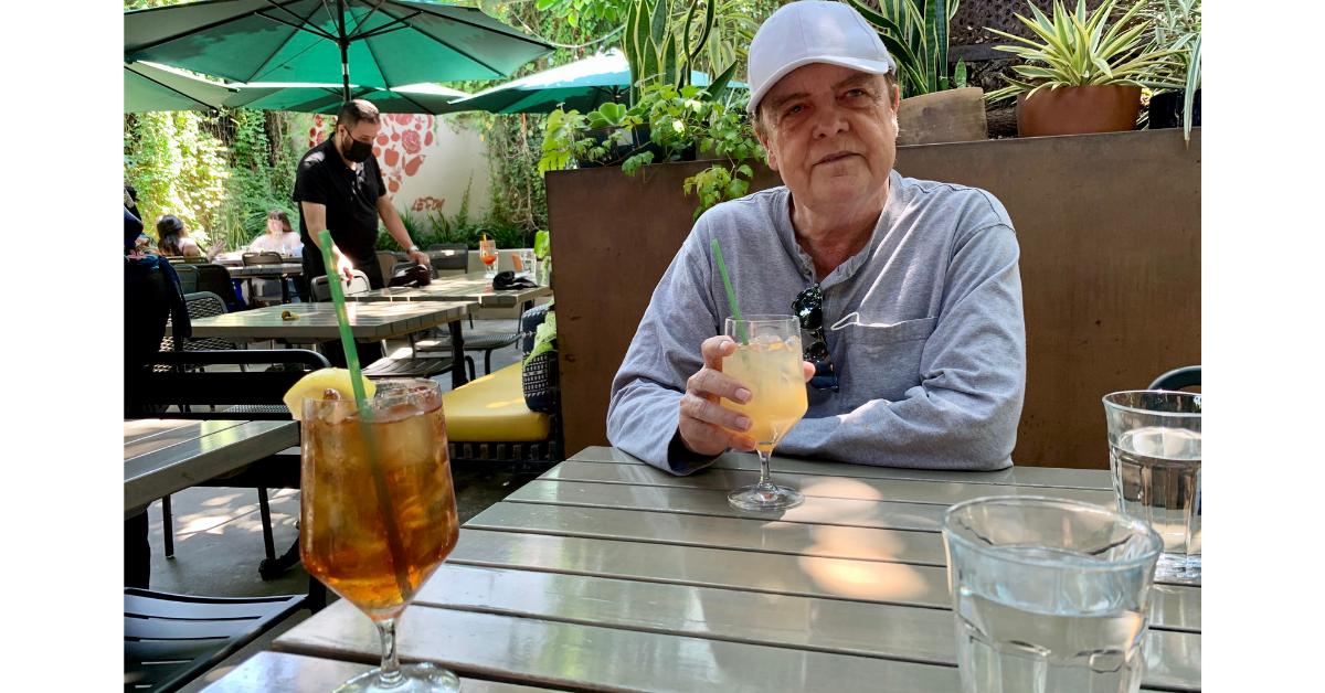 アルナルド・パルマーはご存知ですか?アイスティーとレモネードをミックスしたこの飲み物は、これが大好物なプロゴルファーのアルナルド・パルマーにちなんで名付けられました。
